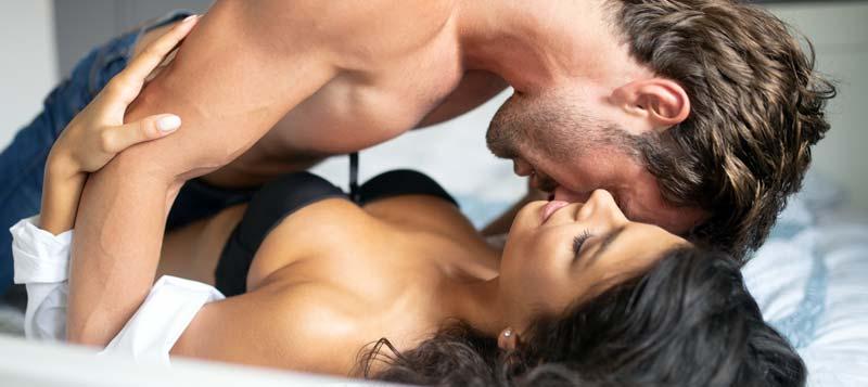 Cum să faci să nu-ți rupi penisul în timpul sexului