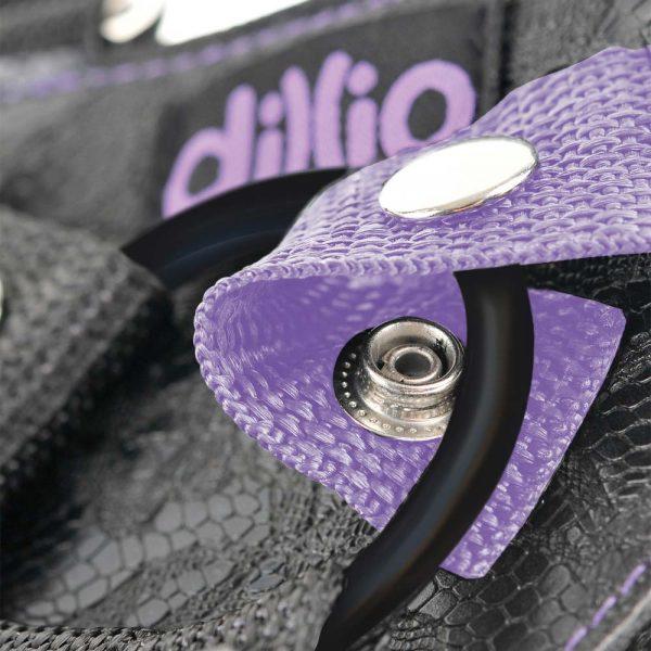 Dillio Pipedream strap on capse